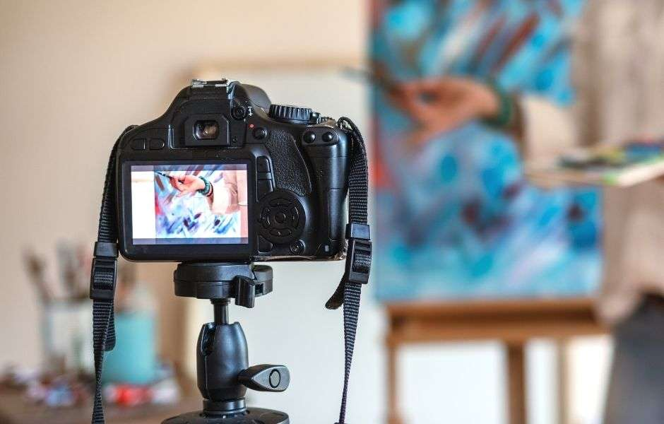 Methods to capture the best image of your artwork.